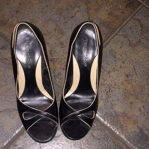 Laura Scott heels
